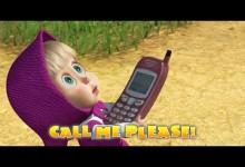 Masa a medved: Zavolaj mi prosim! (anglicky)