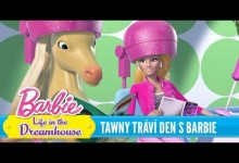 Barbie: Twany travi den s Barbie